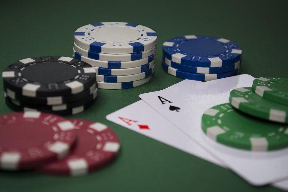 poker 3024531 960 720 - Internet Casino Ohjelmistot Evolution